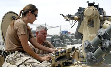 Nők és a NATO